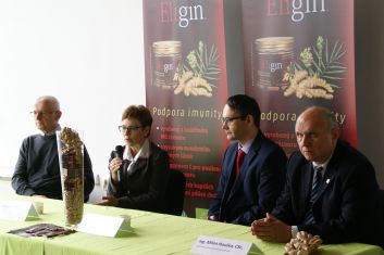 Press conference to introduce Kitl Eligin Organic