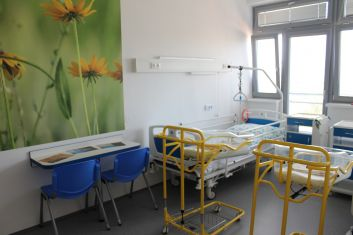 Kitl helps: Reconstruction of neonatal rooms